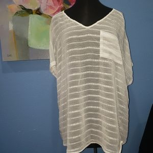 Torrid sheer white v-neck pocket t-shirt size 2X